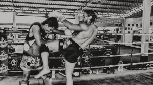 Chris Clodfelter Knee Muay Thai