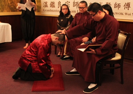 master-william-kwok-accepting-a-closed-door-disciple